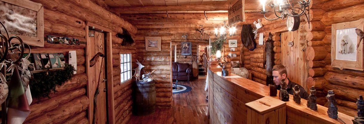 Lazy Bear Lodge Inside